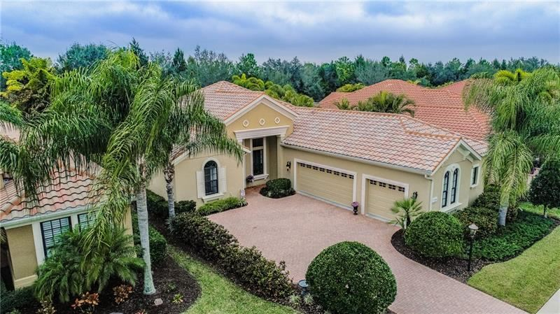 7230 LAKE FOREST GLEN, Lakewood Ranch, FL 34202 - #: T3223535