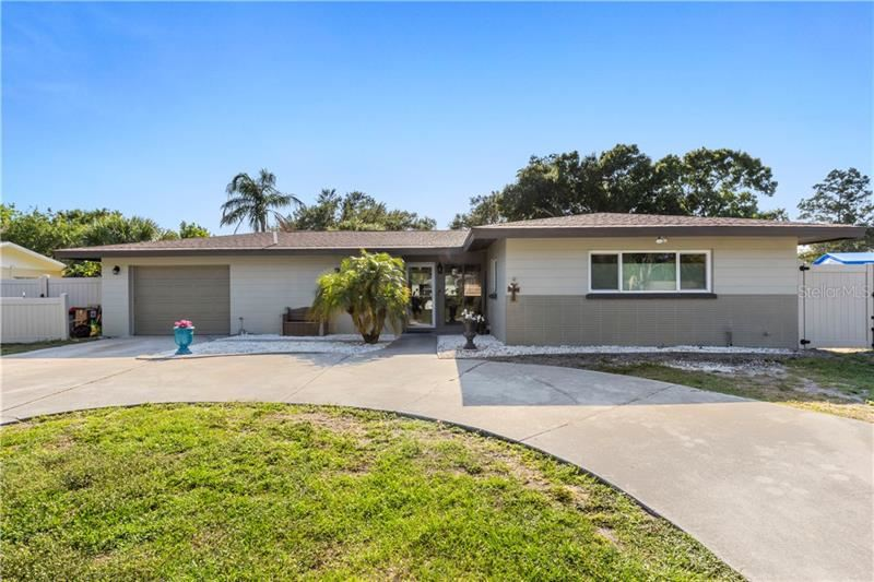 Photo of 2716 CROTON AVENUE, SARASOTA, FL 34239 (MLS # A4467536)