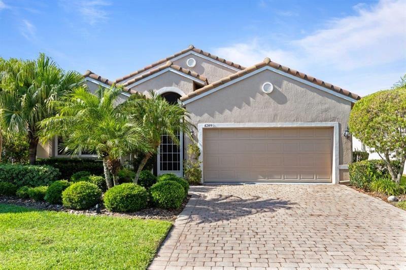 4209 65TH PLACE E, Sarasota, FL 34243 - #: A4498538