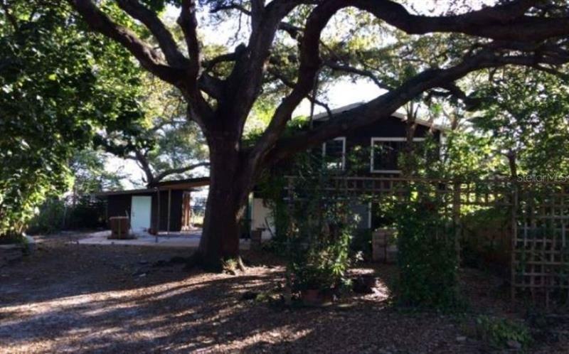 1824 GILLESPIE AVENUE, Sarasota, FL 34234 - #: O5839539