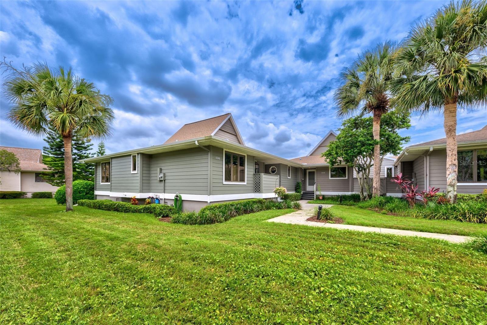 1014 LAKE AVOCA COURT, Tarpon Springs, FL 34689 - MLS#: U8130544