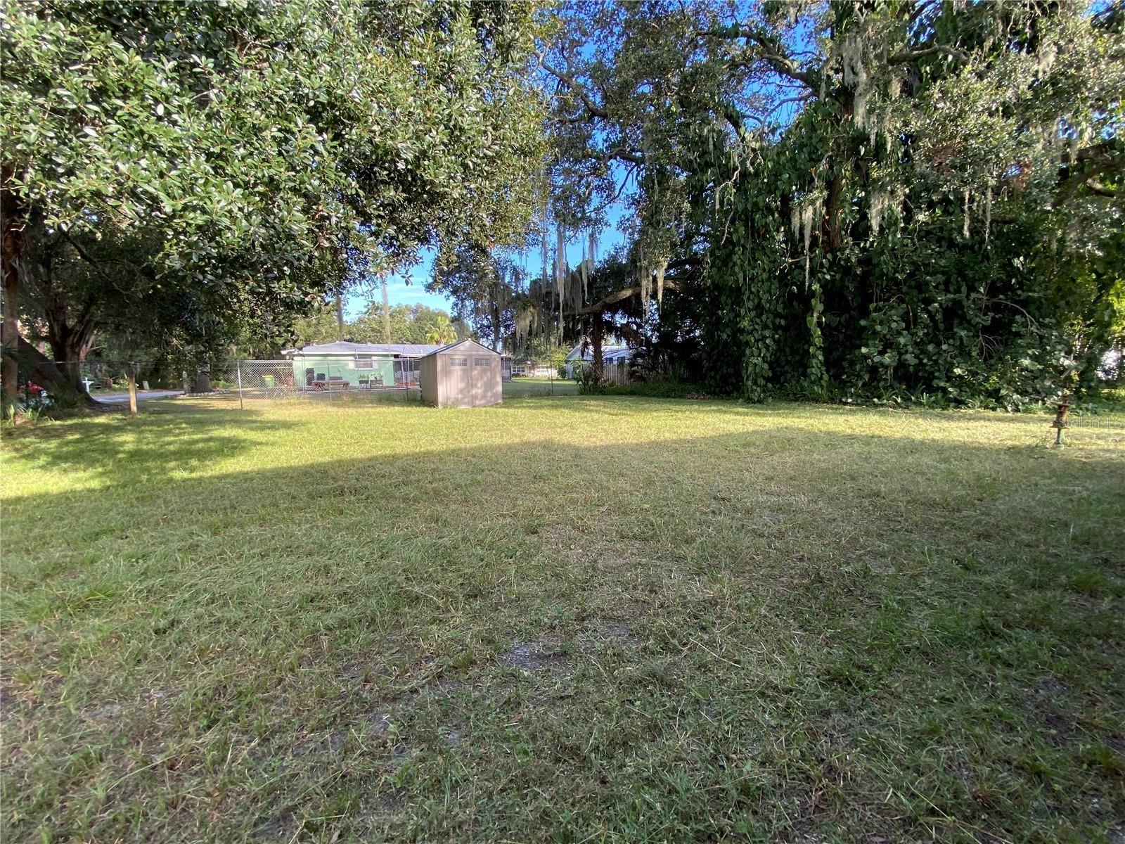 Photo of 240 N BRIGGS AVE, SARASOTA, FL 34237 (MLS # A4515547)