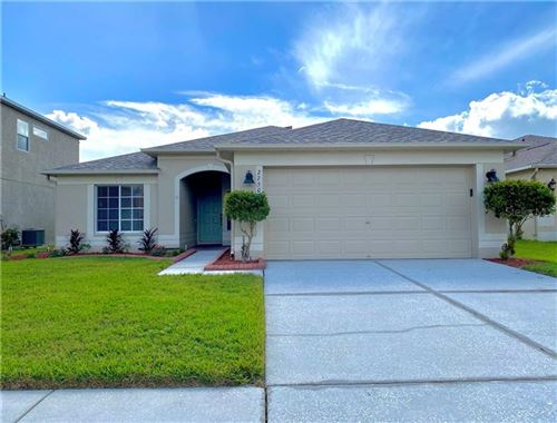 Photo of 27502 AMELIA ISLE COURT, WESLEY CHAPEL, FL 33544 (MLS # T3276550)