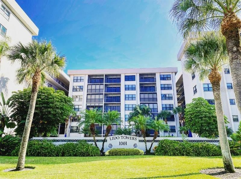 Photo of 1001 BENJAMIN FRANKLIN DRIVE #503, SARASOTA, FL 34236 (MLS # A4481550)