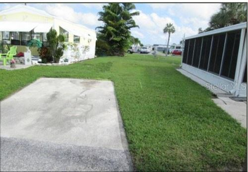 Photo of 32 MONTEGO DRIVE, PALMETTO, FL 34221 (MLS # A4499552)
