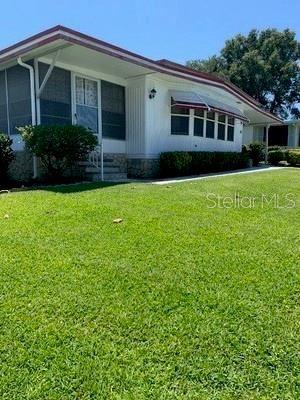 Photo of 706 SURREY PLACE, LEESBURG, FL 34748 (MLS # G5029554)