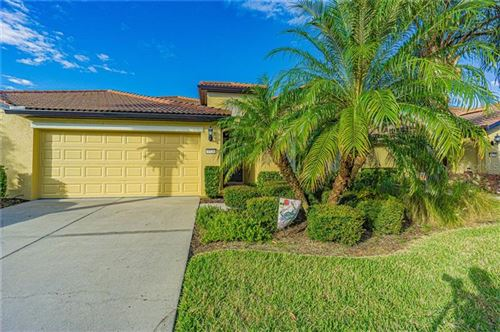 Photo of 5526 SUNSET FALLS DRIVE, APOLLO BEACH, FL 33572 (MLS # U8105554)
