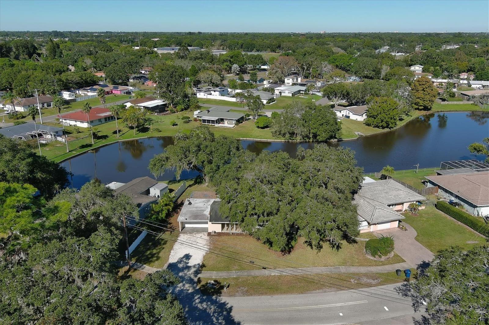 1221 MAGELLAN DRIVE, Sarasota, FL 34243 - #: A4448554