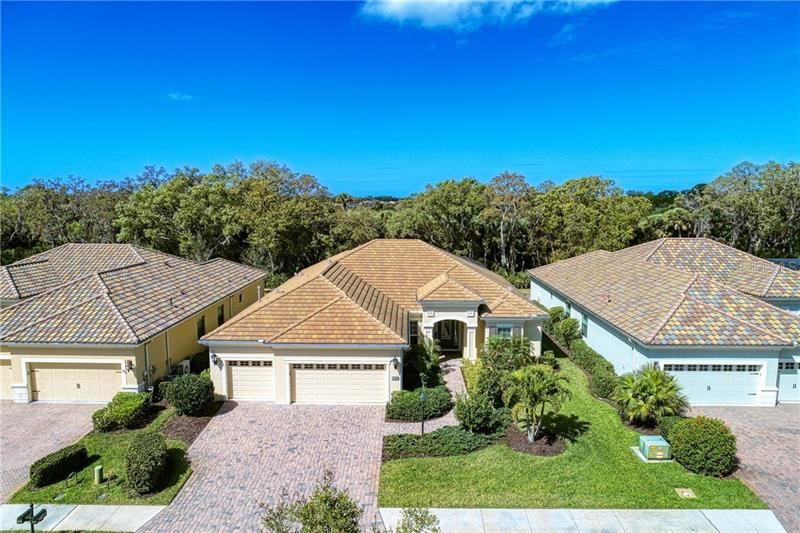 Photo of 27449 HOLE IN ONE PLACE, ENGLEWOOD, FL 34223 (MLS # D6111554)
