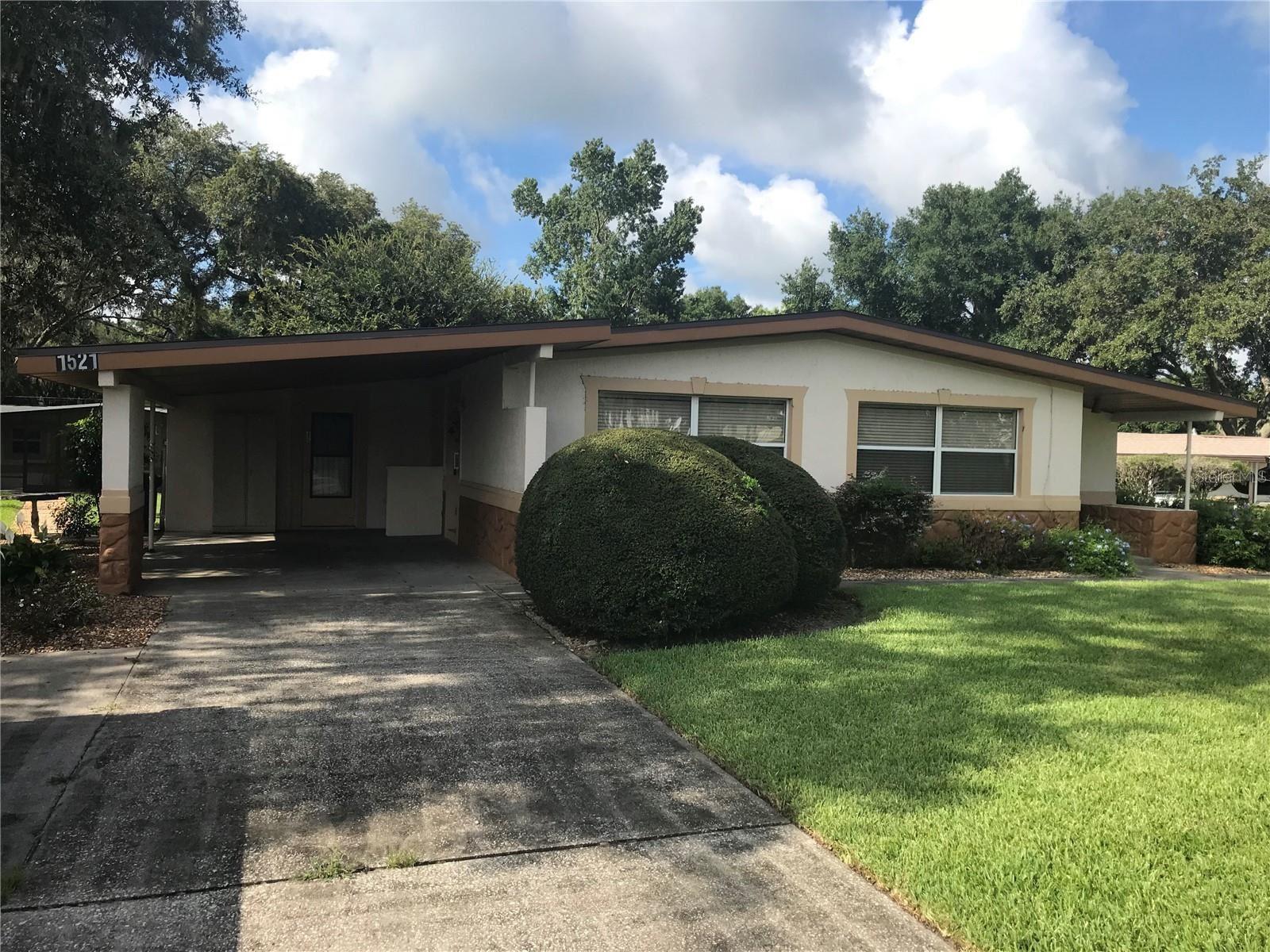 1521 GROVE AVENUE, Leesburg, FL 34748 - #: G5044554