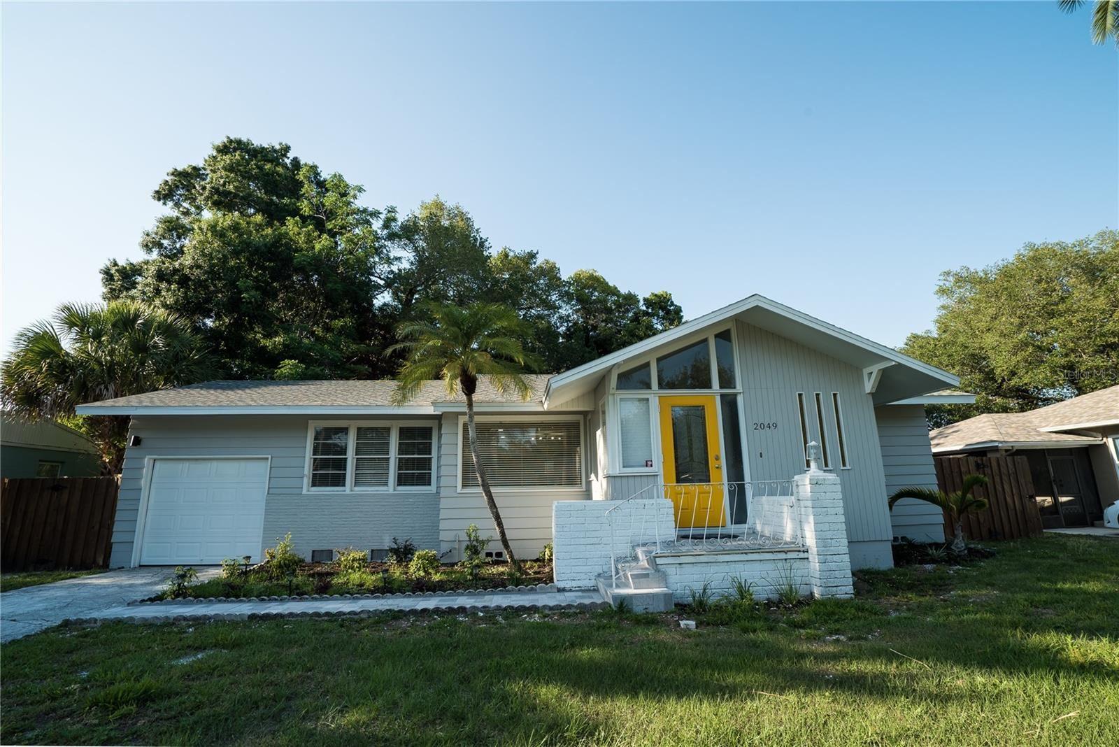 2049 CLEMATIS STREET, Sarasota, FL 34239 - MLS#: T3304558