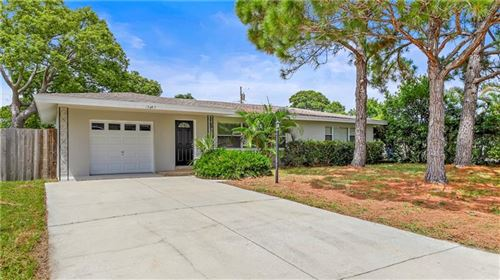 Photo of 13847 MONTEGO DRIVE, SEMINOLE, FL 33776 (MLS # U8092559)