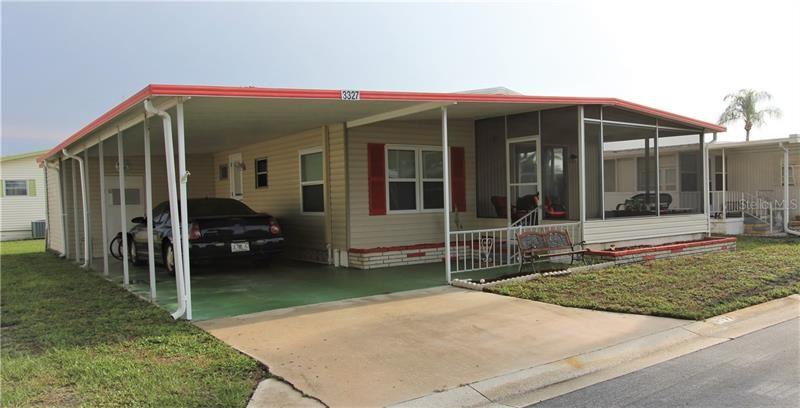 Photo of 3327 SHINGLE OAK TERRACE, SARASOTA, FL 34237 (MLS # A4466560)