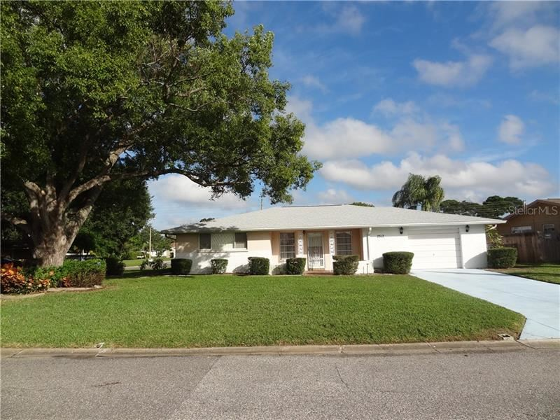 7517 LOTUS DRIVE, Port Richey, FL 34668 - #: W7817562