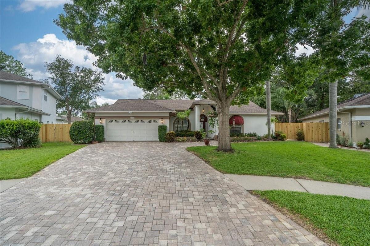 Photo of 5208 QUARRYSTONE LANE, TAMPA, FL 33624 (MLS # T3312564)