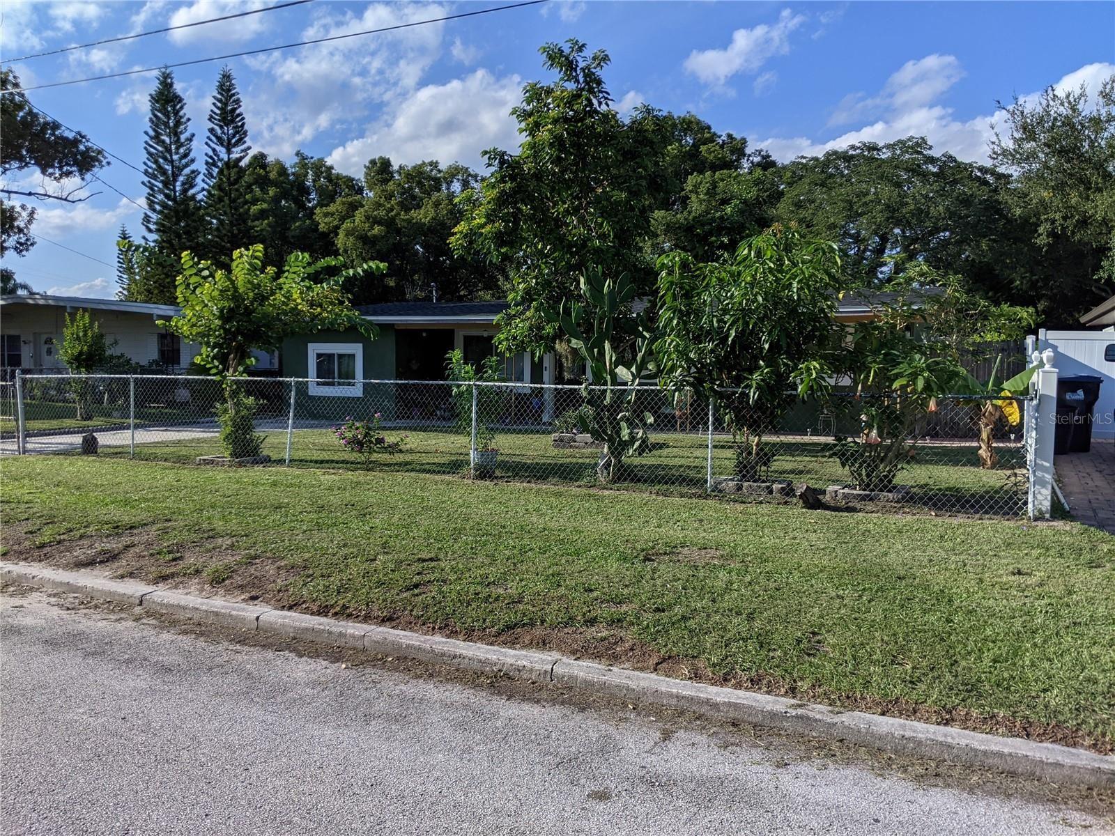 Photo of 1313 NEVADA AVENUE, ORLANDO, FL 32809 (MLS # O5975566)