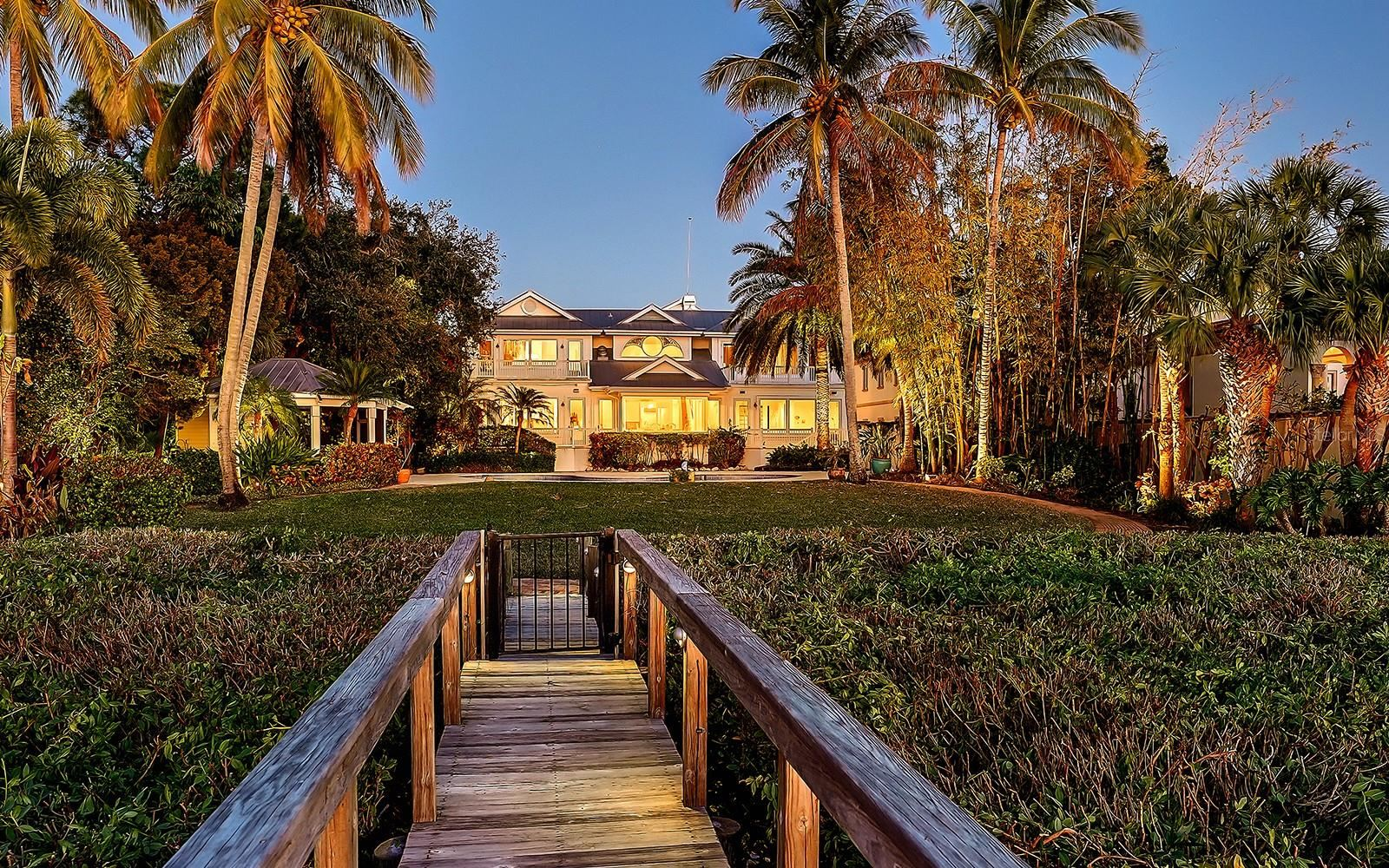 1400 LADUE LANE, Sarasota, FL 34231 - #: A4491567