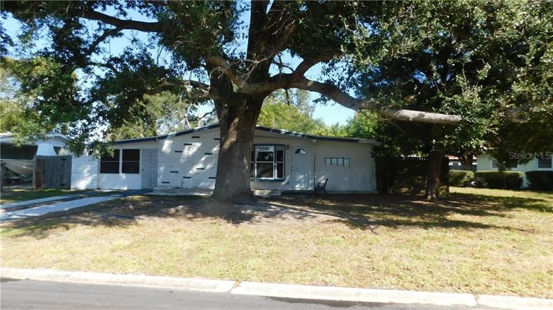 Photo of 6515 CASE AVENUE, BRADENTON, FL 34207 (MLS # C7437567)