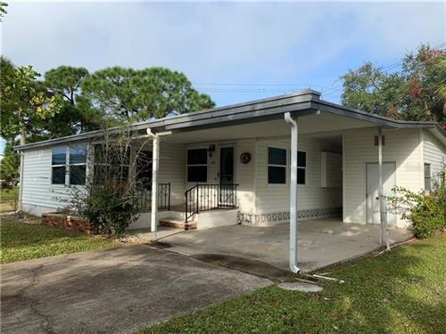 Photo of 294 OUTER DRIVE, VENICE, FL 34285 (MLS # N6103568)