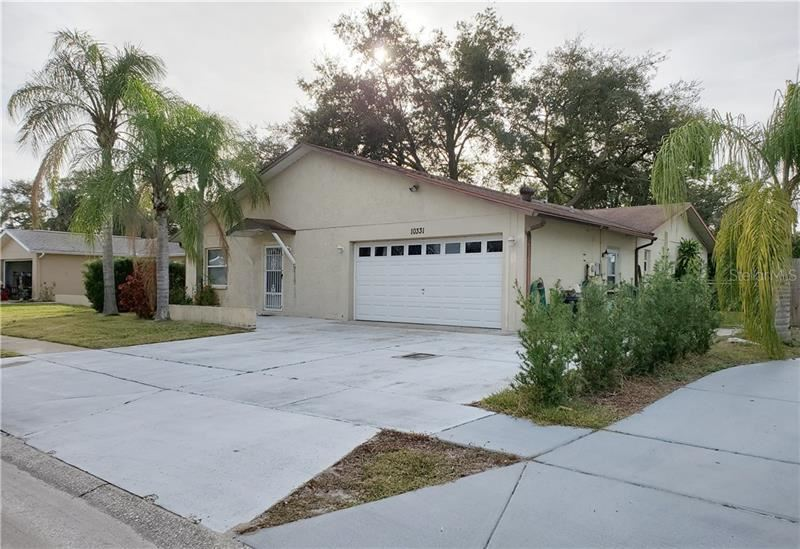 10331 LEANING OAK DRIVE, Port Richey, FL 34668 - #: W7819570