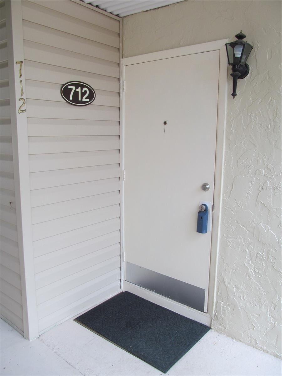 712 WHITE PINE TREE ROAD #77, Venice, FL 34285 - #: N6116571
