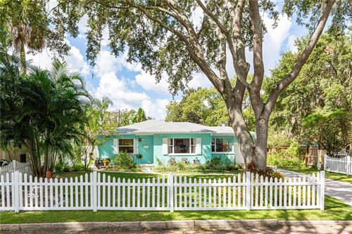 Photo of 433 LAKEVIEW AVENUE, WINTER PARK, FL 32789 (MLS # O5980574)