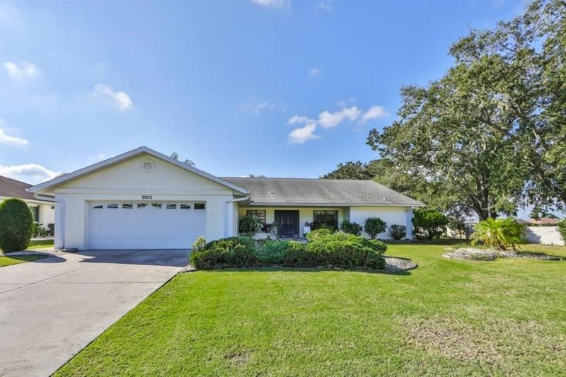 2022 E VIEW DRIVE, Sun City Center, FL 33573 - #: T3276574