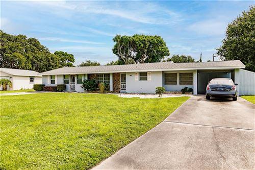 Photo of 6311 CRESTWOOD AVENUE, SARASOTA, FL 34231 (MLS # A4512576)