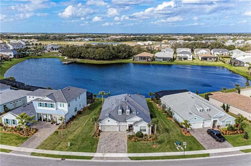 Photo of 12215 SEABROOK AVENUE, LAKEWOOD RANCH, FL 34211 (MLS # A4456577)