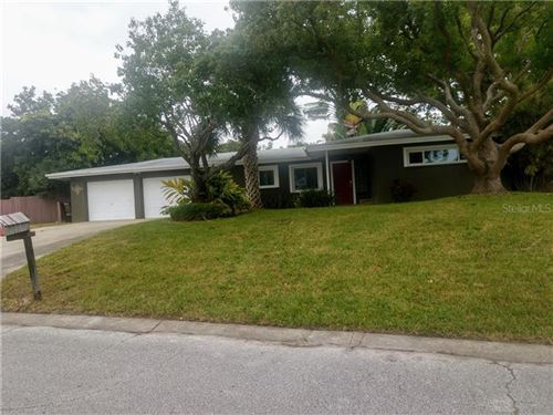Photo of 10533 SILHAVY DRIVE, LARGO, FL 33774 (MLS # J909578)