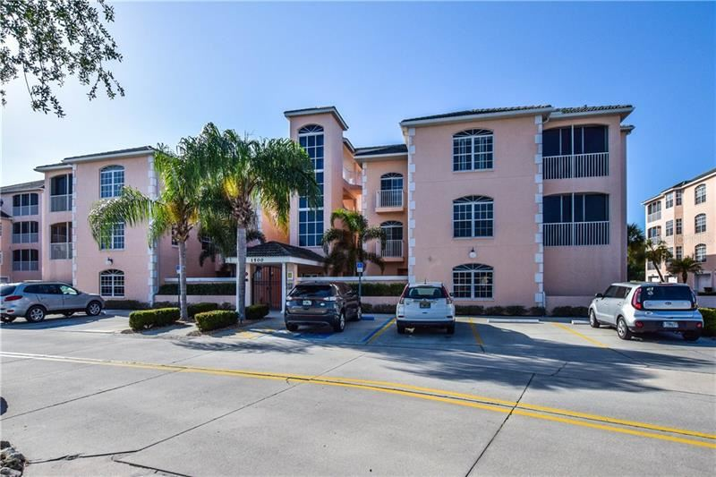 Photo of 1522 GONDOLA PARK DRIVE #1522, VENICE, FL 34292 (MLS # N6109579)