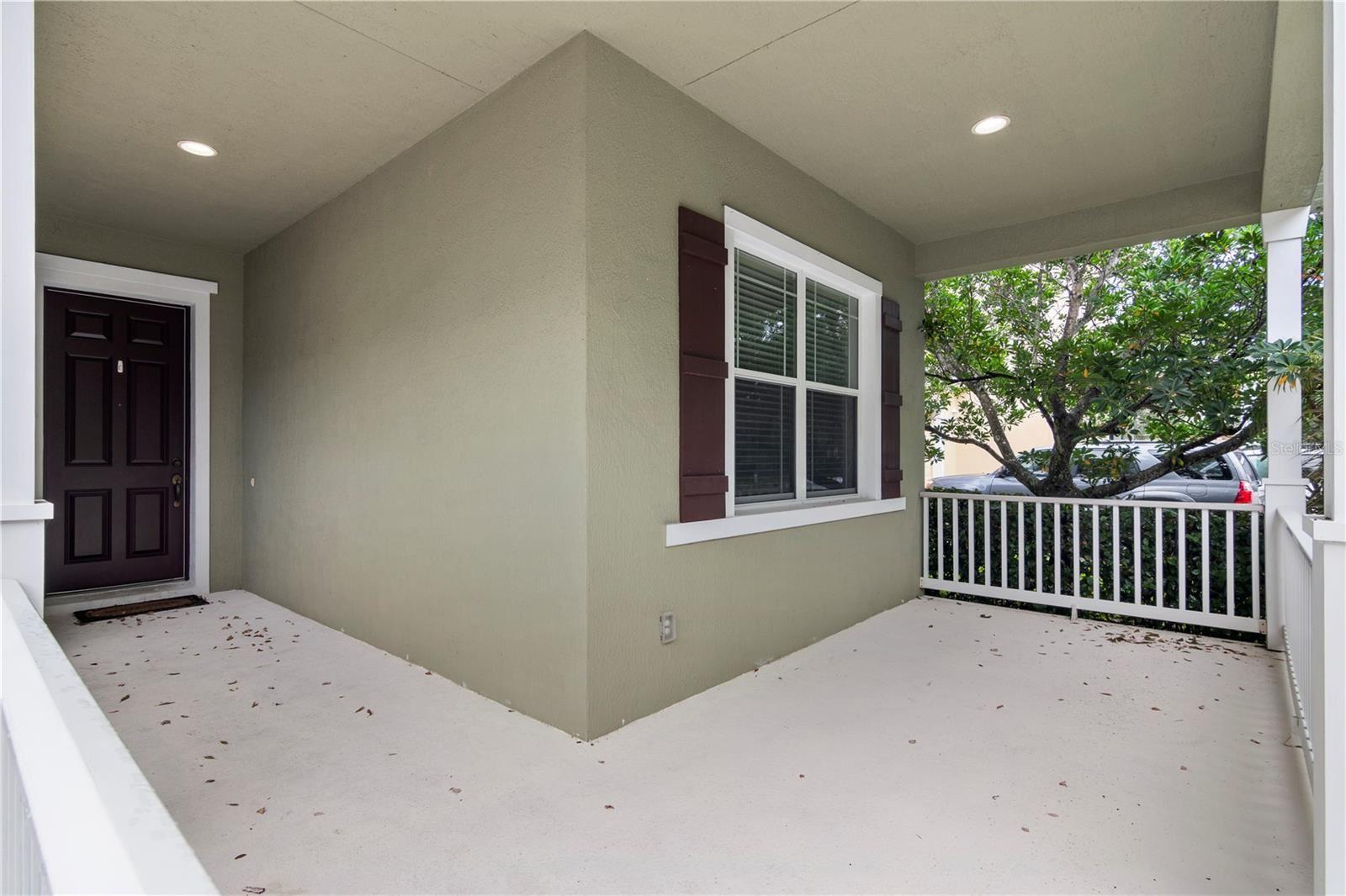 Photo of 6537 HELMSLEY CIRCLE, WINDERMERE, FL 34786 (MLS # G5047580)