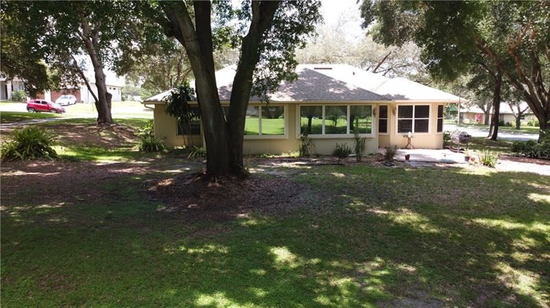 Photo of 8511 SPYGLASS LOOP, CLERMONT, FL 34711 (MLS # R4903580)