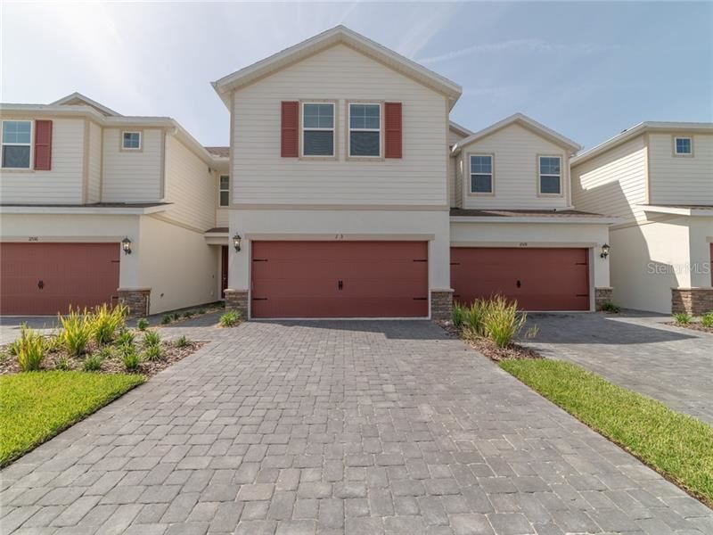Photo of 11532 WOODLEAF DRIVE, LAKEWOOD RANCH, FL 34212 (MLS # O5866581)