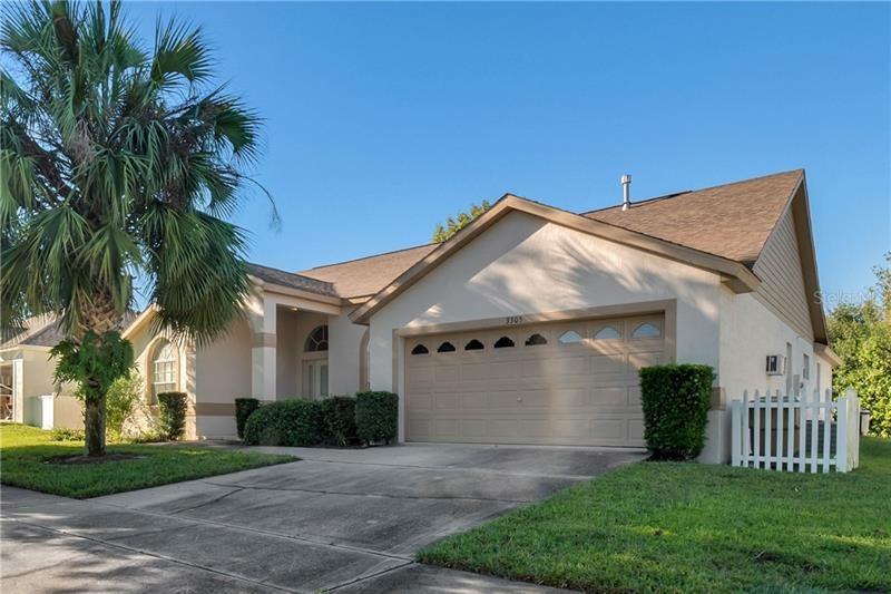 Photo of 3305 MALLARD HILL STREET, CLERMONT, FL 34714 (MLS # O5906584)
