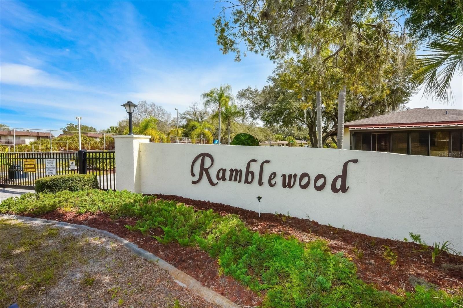 Photo of 3208 RAMBLEWOOD DRIVE N, SARASOTA, FL 34237 (MLS # U8138584)