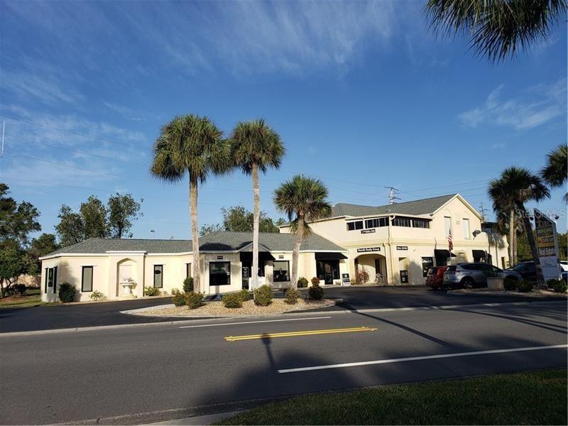 Photo of 101 CAPRI ISLES BOULEVARD, VENICE, FL 34292 (MLS # N6108587)