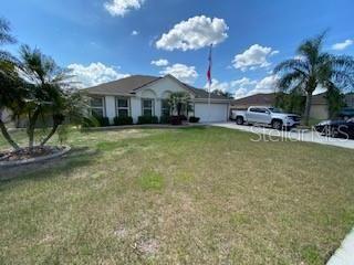 Photo of 2125 MEDINA HILLS LANE, MASCOTTE, FL 34753 (MLS # G5029589)