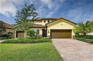 Photo of 13424 RAMBLEWOOD TRAIL, LAKEWOOD RANCH, FL 34211 (MLS # A4438591)