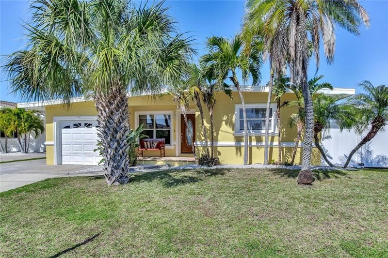 16135 4TH STREET E, Redington Beach, FL 33708 - #: U8114591