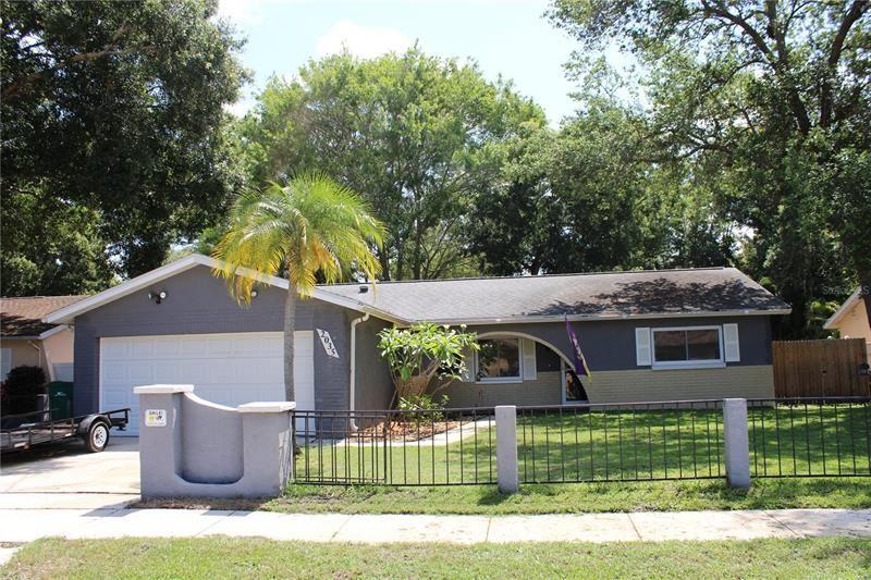 2035 DODGE STREET, Clearwater, FL 33760 - MLS#: U8122591