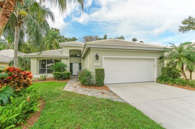 Photo of 6411 BERKSHIRE PLACE, UNIVERSITY PARK, FL 34201 (MLS # A4481593)