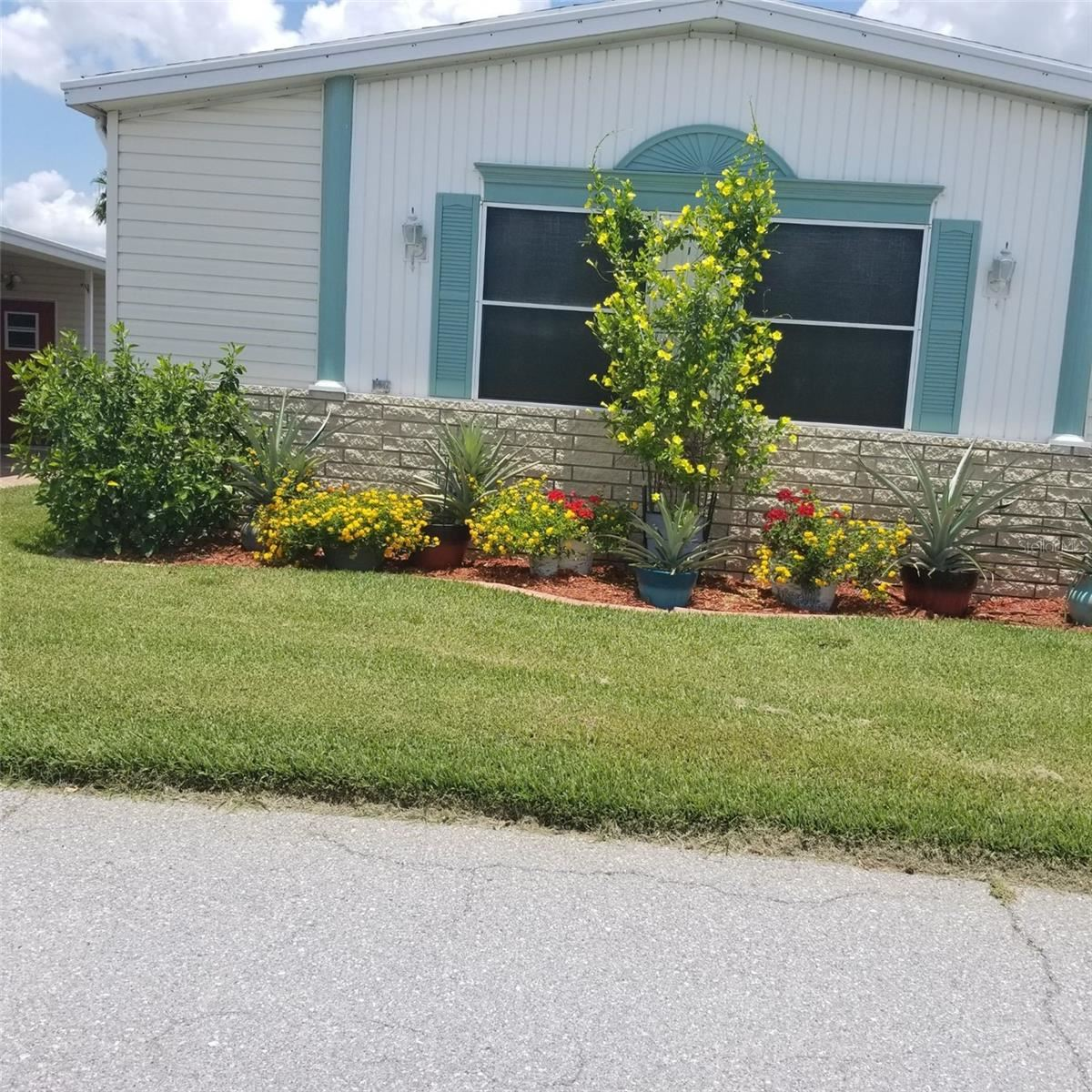 Photo of 87 STRAPHMORE DRIVE, HAINES CITY, FL 33844 (MLS # P4917595)