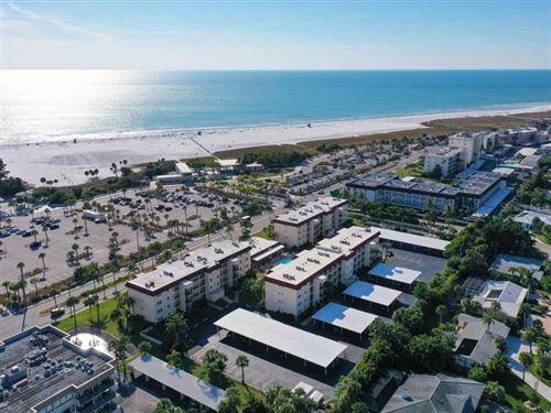 Photo of 925 BEACH ROAD #310, SARASOTA, FL 34242 (MLS # A4461597)