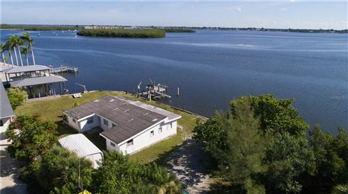 Photo of 222 MOCKINGBIRD LANE, ENGLEWOOD, FL 34223 (MLS # D6120598)