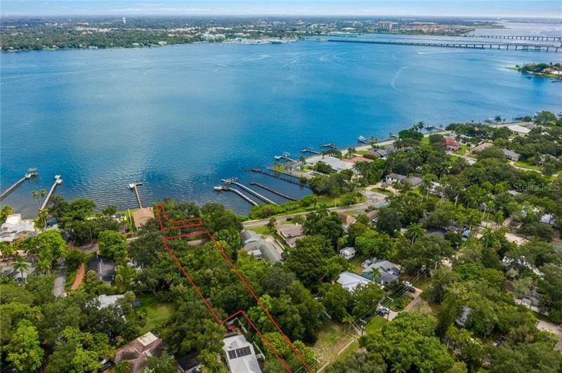 Photo of 2705 RIVERVIEW BOULEVARD, BRADENTON, FL 34205 (MLS # A4475598)