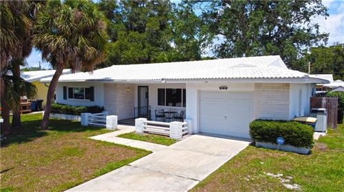 Photo of 1407 S HERCULES AVENUE, CLEARWATER, FL 33764 (MLS # U8085605)