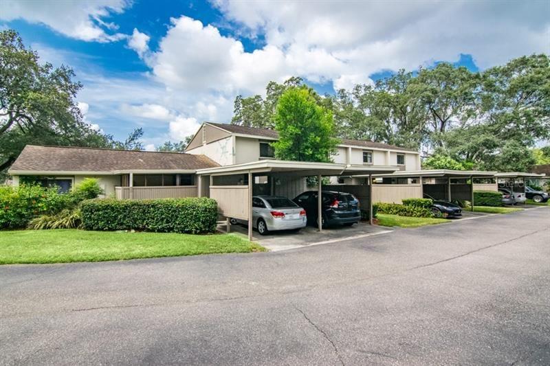 7925 PINE DRIVE #33, Temple Terrace, FL 33637 - MLS#: U8090608