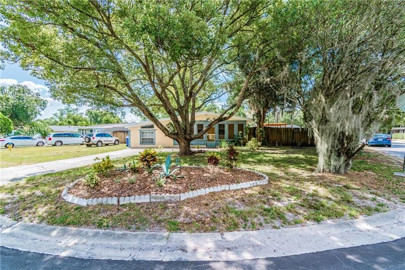 1108 LEISURE AVENUE, Tampa, FL 33613 - MLS#: T3251609
