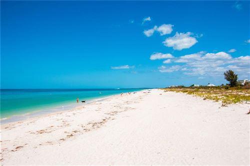 Photo of 880 MANDALAY AVENUE #N412, CLEARWATER, FL 33767 (MLS # U7592611)